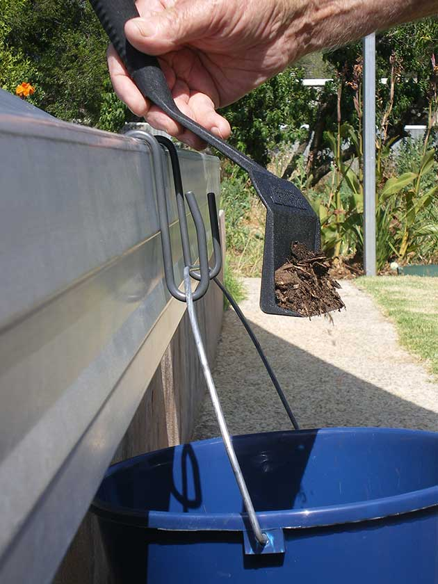 Gutter Raider Easy Way To Clean Your Gutters